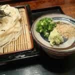 讃水 - 讃水の細ざるうどん大盛り750円(12.09)