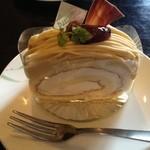 16752752 - 和栗のロールケーキ