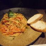 AZ DINING - 有機トマトとバジルの完熟トマトソーススパ