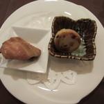 海鳳 - 焼きまんじゅうと中華チキン