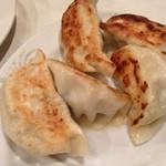中国料理 上海謝謝 - 焼きギョウザ