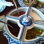 ライカノ - 調味料(魚醤、唐辛子、砂糖、塩、唐辛子酢)