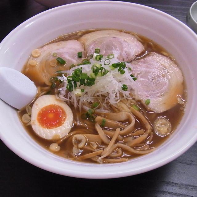 支那そば まき - 豚バラ麺、大盛り700円