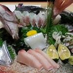 寿司一作 - お造り盛り合わせ