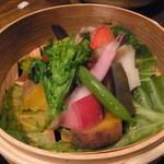 十祇家 - 季節野菜のセイロ蒸し