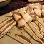 薄伽梵 - 魚串盛り合わせ+1本