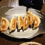 16759244 - 薬膳 焼き餃子(320円)