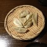 16759245 - 本場中国式 薬膳ゆで餃子(320円)