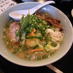 1676865 - 野菜たっぷりヘルシーみそラーメン819円