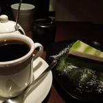カネタカフェ - 「抹茶チーズケーキセット」