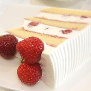 グランジュール - スーパー苺ショートケーキ