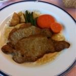霞ガーデン  - ロース肉が2枚