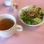 霞ガーデン  - サラダとスープ