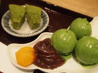 中村藤吉 京都駅店 - 生茶せりー(抹茶)のトッピング