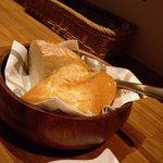 キッチン ククゥ - 二種類のパン