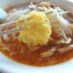 いさな - こってり味噌ラーメン 麺