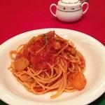 16776194 - ベーコンとカブのトマトソース スパゲッティ