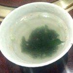 焼肉 穂坂 - わかめスープ