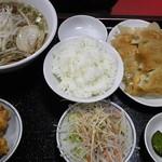 天金 - 餃子定食