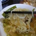 16782858 - 参鶏湯麺(塩)の麺