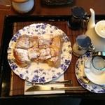 ぷろばんす - フレンチトースト、紅茶持国