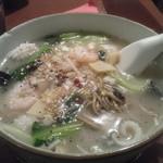 16796831 - 海鮮胡椒麺
