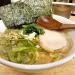 麺家 一なり - 茎わかめラーメン