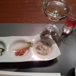 16799653 - 夕食の食前酒と付出し、あと誕生日祝いにシャンパンサービス