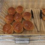 アーバイン広島セントラル - 朝食バイキングのパン