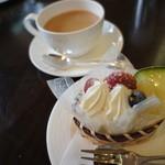 モン・レーブ - ケーキセット紅茶