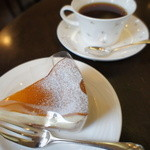 モン・レーブ - ケーキセットコーヒー