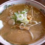 天馬軒 - 味噌ラーメン(600円)