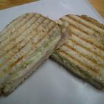 銀亭 - 自家製ロースハムとチーズ入りパニーニ。