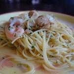 オリーヴ - 魚介のペペロンチーノ