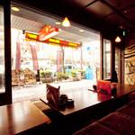 木村屋本店 - 窓際でゆったりしてはいかがですか??