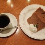 スイーツアンドカフェたまて箱 - シナモンのシフォンケーキセット