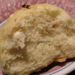 ストーリア - 自家製パン;アップ