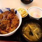 Matsuya - 焼き牛飯と お新香セット