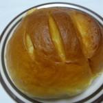 ジャスマン洋菓子店 - まんまるのパン