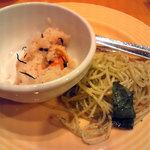 スイーツパラダイス - 炊き込みご飯とバジリコパスタ