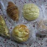 16819435 - 買ったパンたち