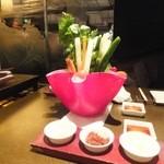 銀座あしべ - あしべ特製サラダ