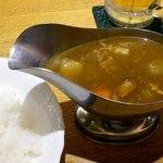 アオヤギ - 料理写真:ポークカレー