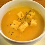 ベーカリーカフェ マルコポーロ  - スープ