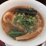京都天下ご麺 - 醤油麺でした。2012-10訪問時です。