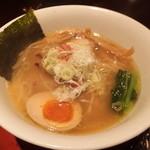 京都天下ご麺 - 近江塩鶏麺です。2012-10訪問時。
