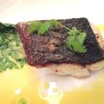 16825513 - スズキのポアレ香草バターソース