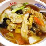 台湾料理 海香村 - 料理写真:五目麺:680円 (Jan/2012)