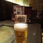 花門亭 - サッポロ生ビールとテーブル席