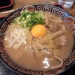 16832677 - 徳島ラーメン肉入り+生玉子
